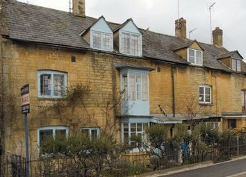 Thumbnail 4 bed cottage to rent in High Street, Moreton-In-Marsh