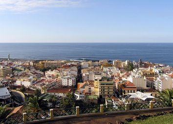 Thumbnail Commercial property for sale in Puerto De La Cruz, Puerto De La Cruz, Spain