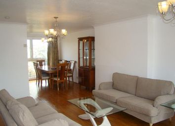 4 bed town house to rent in The Glebe, Worcester Park KT4