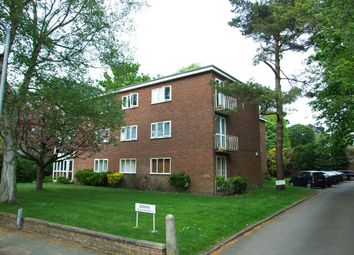 Thumbnail 2 bed flat to rent in Langley Road, Watford, Hertfordshire