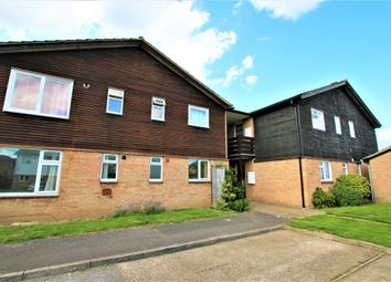 Thumbnail 1 bed flat to rent in Holmedale, Slough