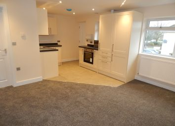 Thumbnail 2 bedroom flat for sale in Gainsborough Green, Abingdon