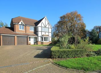 Thumbnail 5 bed property to rent in Foxon Close, Caterham