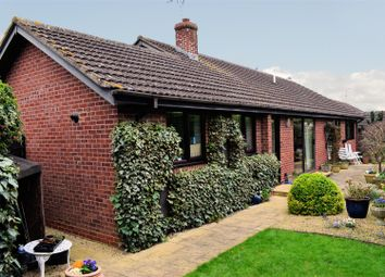 Thumbnail 3 bed bungalow for sale in Parsons Close, Shipston-On-Stour