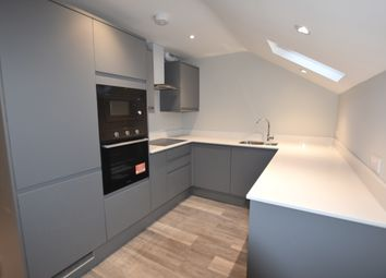 2 bed maisonette to rent in Park Royal Road, Acton W3