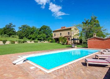 Thumbnail 6 bed country house for sale in Gualdo, Macerata, Marche, Italy