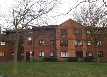 Thumbnail 2 bedroom flat to rent in Arisdale Avenue, South Ockendon