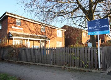 Thumbnail 1 bedroom flat for sale in Kingfisher Close, Bransholme, Hull