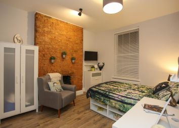 Thumbnail 6 bed shared accommodation to rent in King Street, Luton