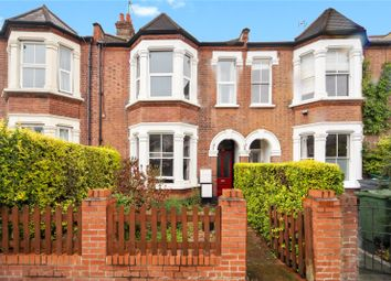 3 bed flat to rent in Cavendish Road, Clapham South, London SW12