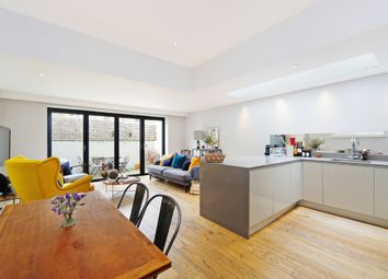 Thumbnail 2 bedroom flat to rent in Pursers Cross Road, London