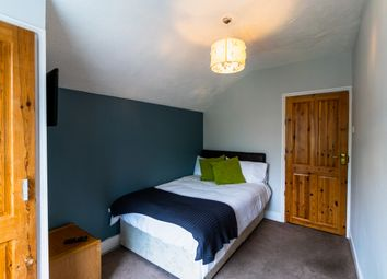 Room to rent in South View Avenue, Caversham, Reading RG4
