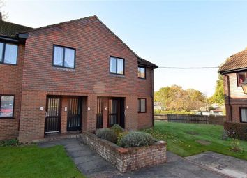 2 bed maisonette for sale in Loudon Court, Ashford, Kent TN23