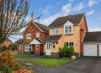 Thumbnail 3 bed link-detached house for sale in Hawthorn Road, Kingsnorth, Ashford, Kent