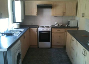 Thumbnail 4 bed terraced house to rent in Ashton Road, Luton