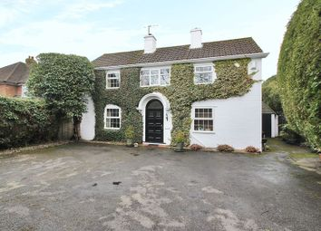 4 bed detached house for sale in Ship Street, East Grinstead, West Sussex RH19