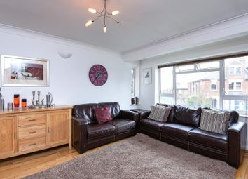 Thumbnail Flat to rent in Cyprus Road, Finchley