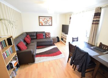 Thumbnail 2 bed flat to rent in Norwood Road, Reading, Berkshire