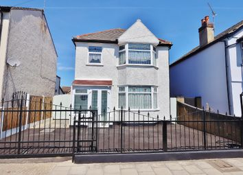 3 bed detached house for sale in Marlborough Road, Romford RM7