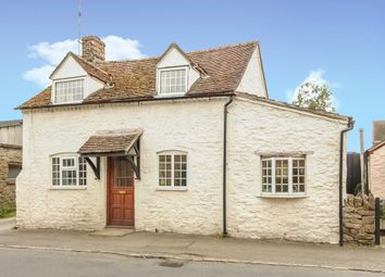 Thumbnail 2 bed cottage to rent in Marcham, Oxfordshire