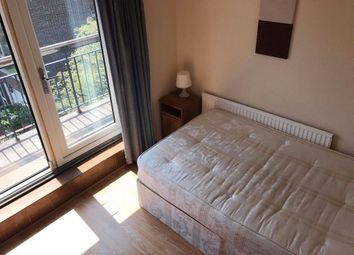 Thumbnail Flat to rent in Manchester Road, Canary Wharf, London