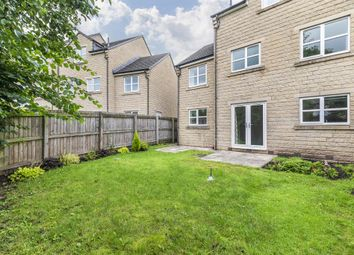 Thumbnail 4 bed town house for sale in Fowlers Croft, Otley