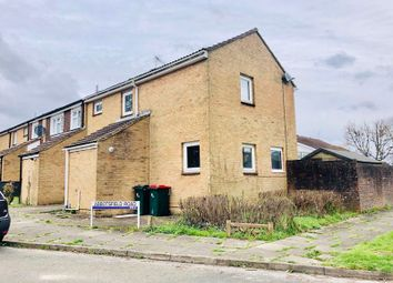 Thumbnail Property to rent in Abbotsfield Road, Ifield, Crawley