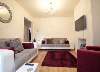 Thumbnail 2 bed maisonette to rent in Oak Wood Close, Woodford Green