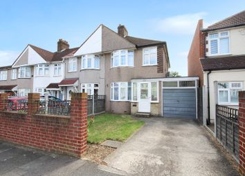 3 bed property for sale in Yorkland Avenue, South Welling, Kent DA16