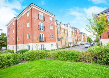 Thumbnail 2 bed flat for sale in Dodd Road, Watford