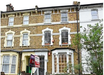 Thumbnail 3 bed maisonette for sale in Stoke Newington Common, London