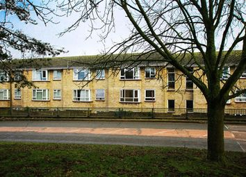 Thumbnail 2 bed triplex to rent in Rosebery Way, Tring