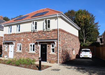 Thumbnail Room to rent in John Castle Way, Colchester