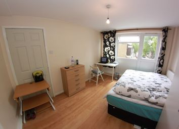 Thumbnail 5 bed shared accommodation to rent in Malmesbury Road, London