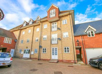 Thumbnail 2 bed flat to rent in Connaught Close, Colchester