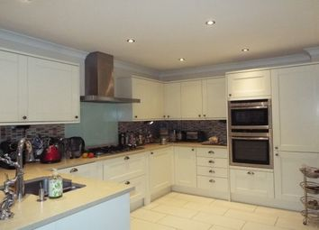 Thumbnail 6 bed property to rent in Church Road, Little Heath