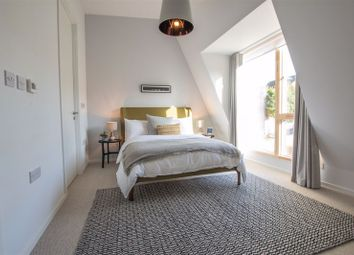 Thumbnail 5 bed terraced house for sale in Dock Road, Chatham