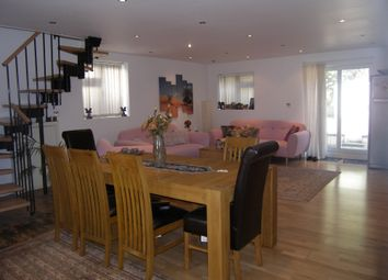 Thumbnail 4 bed flat to rent in Abercorn Road, Mill Hill East, London