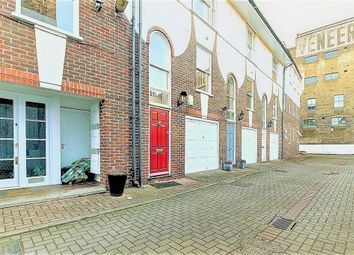 Thumbnail 3 bedroom town house to rent in Sovereign Mews, Pearson Street, Hoxton