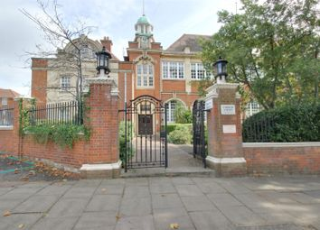 1 bed property to rent in Crothall Close, London N13