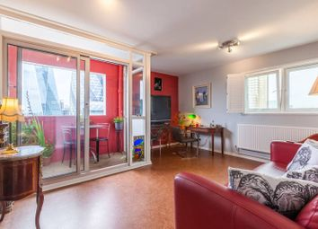 Petticoat Square, City, London E1. 2 bed flat