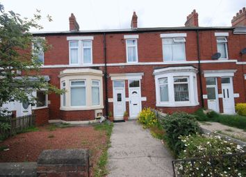 Thumbnail 2 bedroom flat for sale in East View, Wideopen, Newcastle Upon Tyne