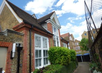 1 bed property to rent in Bloomfield Road, London SE18