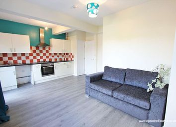 Thumbnail Room to rent in Morland Road, Addiscombe, Croydon