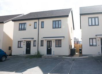 2 bed semi-detached house to rent in Argyll Way, Smethwick B66