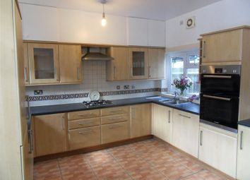 3 bed property to rent in Courthill Road, Lewisham, London SE13