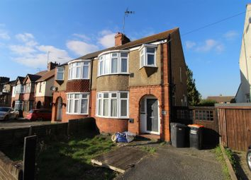 Thumbnail 3 bed property to rent in Luton Road, Dunstable
