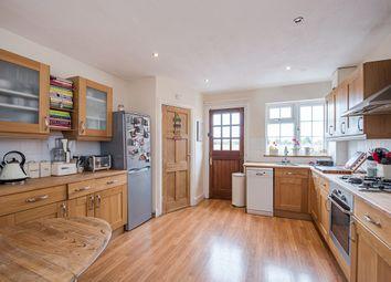 Thumbnail 2 bed flat to rent in Marsham Chambers, Station Road, Gerrards Cross, Bucks