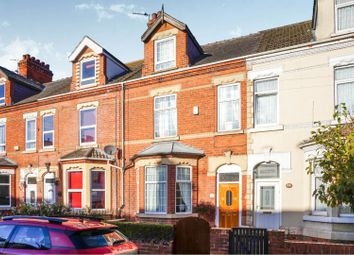 Thumbnail 4 bed town house for sale in Marshfield Road, Goole