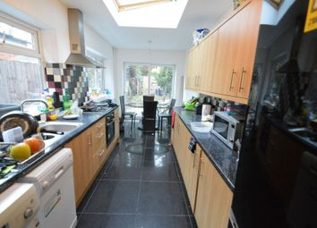 Thumbnail 6 bed flat to rent in Warwards Lane, Selly Oak, Birmingham